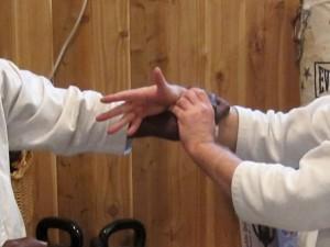 pain-wrist-lock